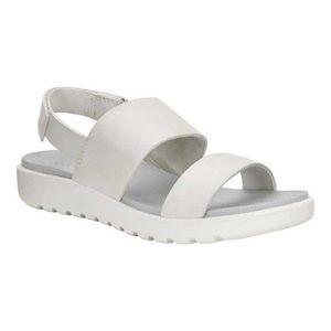 ECCO   Freja Light Gray Classic Strappy Sandals 7